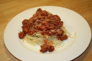 spaghetti alla bolognese haushalts. Black Bedroom Furniture Sets. Home Design Ideas